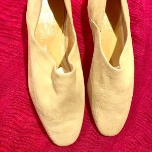 Vintage Rare GUCCI Suede Soft Green/tan Flats 36